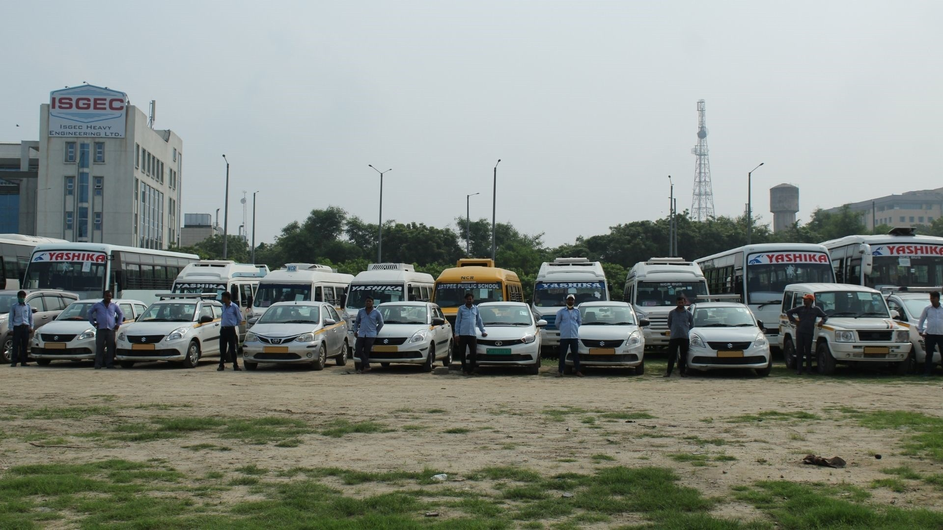 bus, taxi, tempo traveller hire in noida, greater noida and ghaziabad